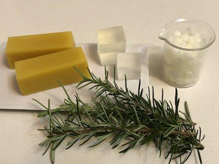 植物性素材から作る植物性商品の写真