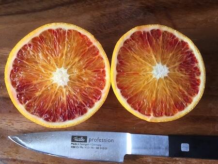 カットフルーツ(ブラッドオレンジ)の写真